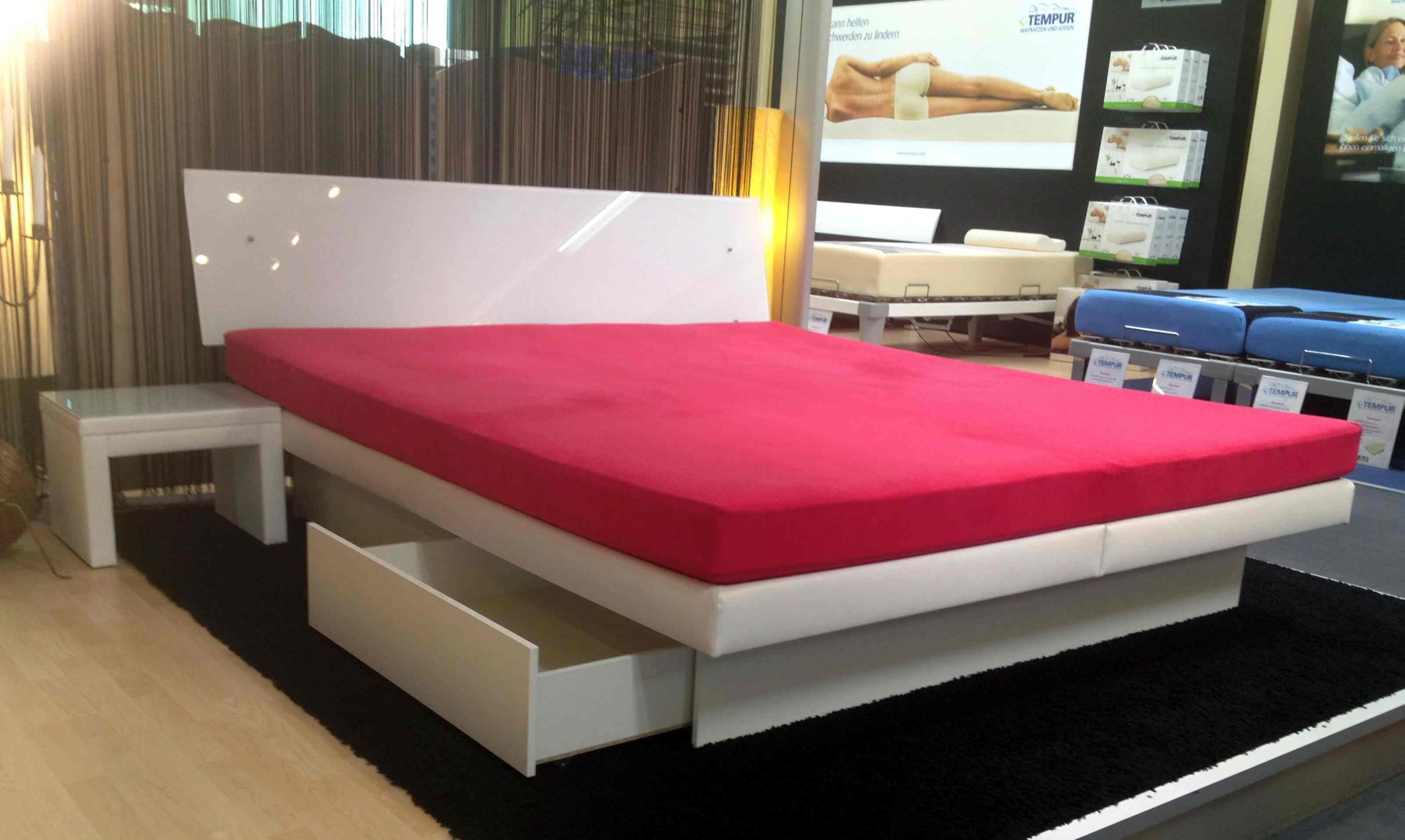 schlaf welt split wasserbett wasserbetten hannover. Black Bedroom Furniture Sets. Home Design Ideas